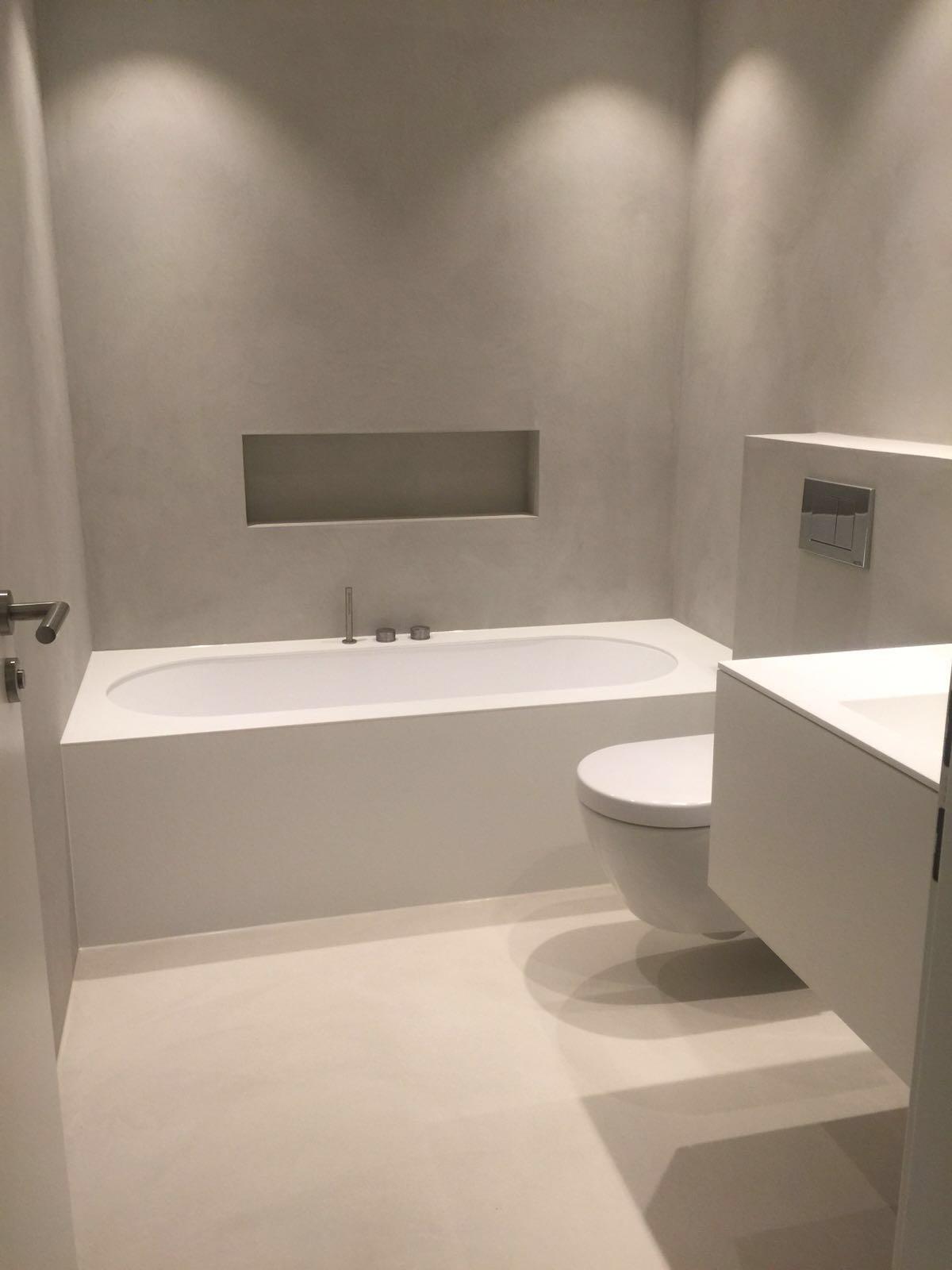 fugenloses Bad in Düsseldorf, fugenlose Wände von Santec Farbkonzepte