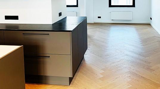 """Aus ZWEI mach EINE! – Wohnung im """"Industrial Design"""""""